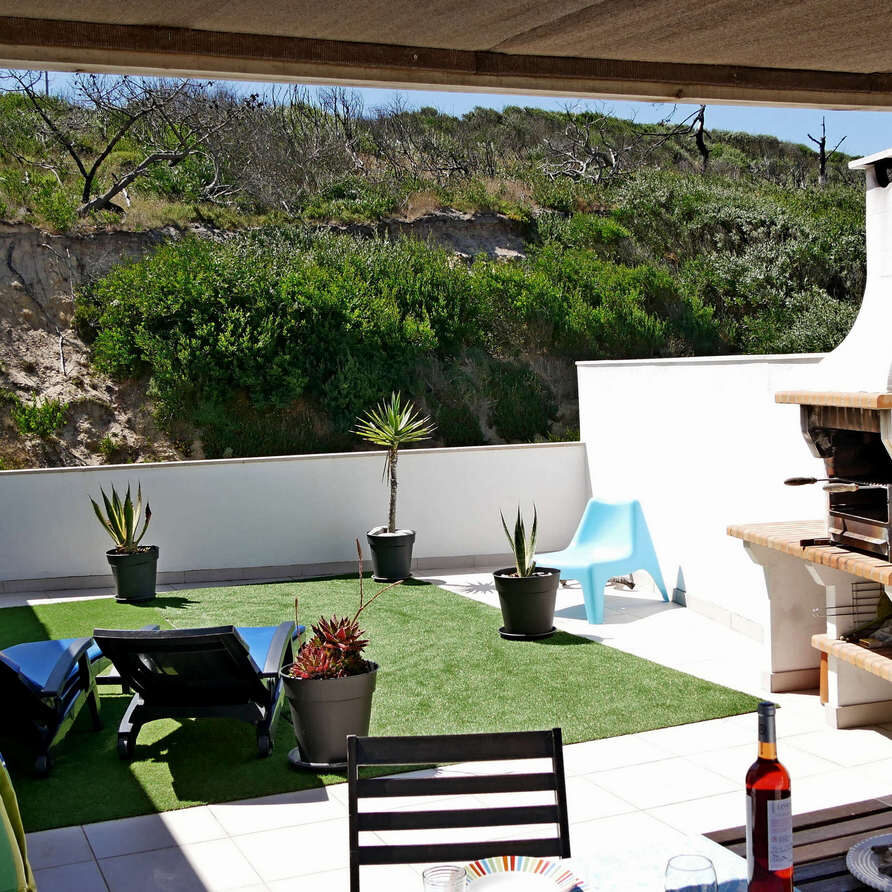 Roof top terrace view to the back_beach apartment Portugal